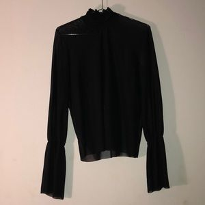 MESH LONG SLEEVE WITH BELLE SLEEVES